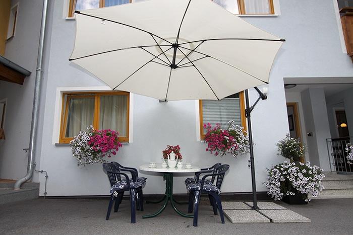 Bauernhof Haus Karlspitze