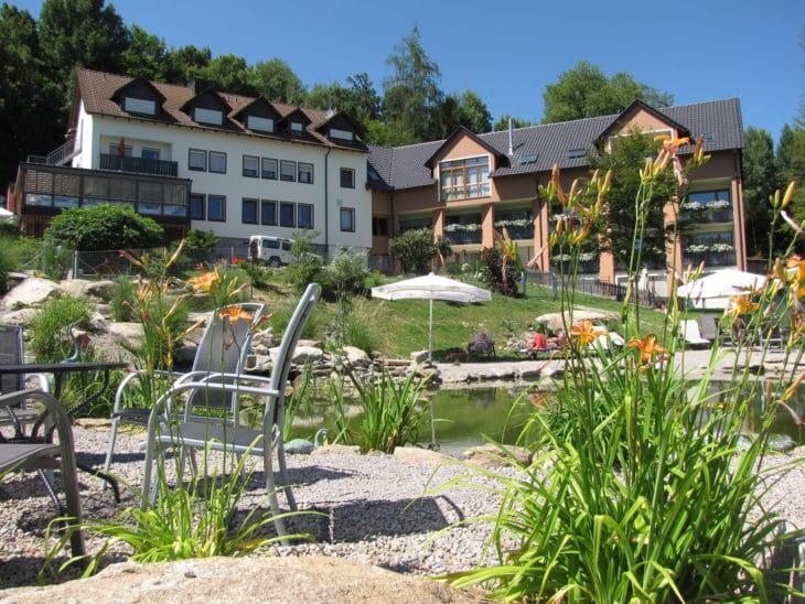 Natur-Hundehotel Bergfried