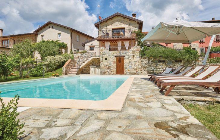 Traditionelles Natursteinhaus in der Toskana