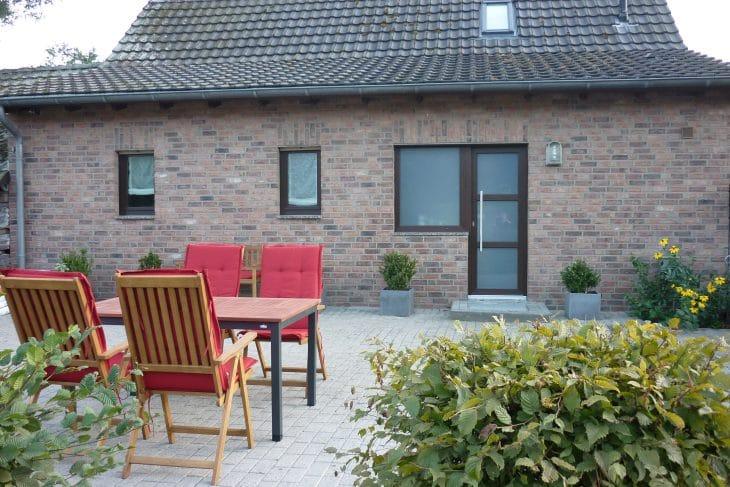 Ferienhaus Ruhrpott & Rotbach mit Naturgarten