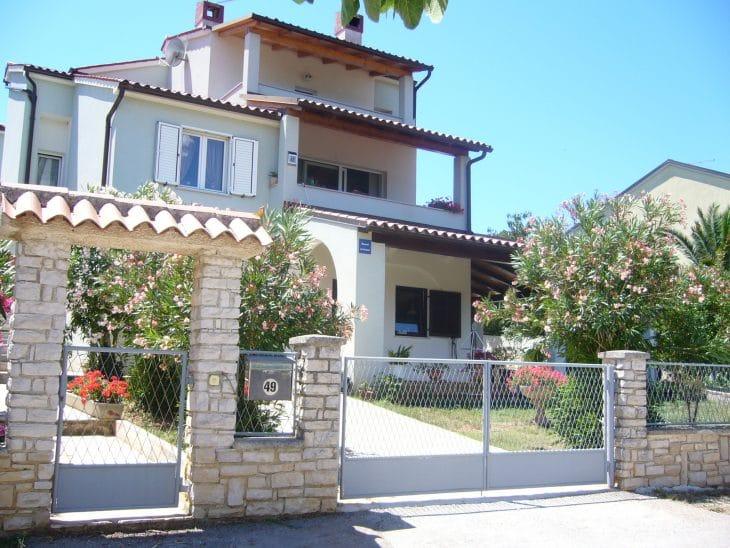 Villa Velikut   mit 2 Apartments,